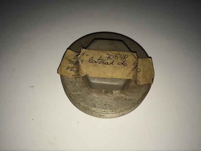 TAMPA LATERAL DO GARFO M-62 VICON Código 70548