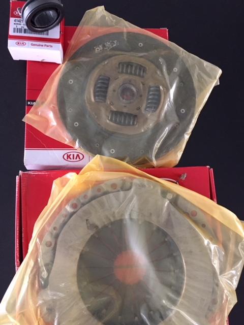 KIT DE EMBREAGEM ORIGINAL ( PLATO / DISCO / ROLAMENTO ) KIA SPORTAGE 2.0  16 V  / HYUNDAI TUCSON 2.0 16 V GASOLINA ANO 2007....2010