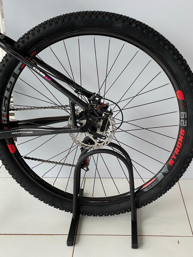 SUPORTE DE CHÃO PARA BIKE ( Bicicletário Condomínio )